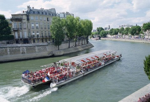 Paris : cruise
