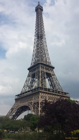 Paris : tour Eiffel