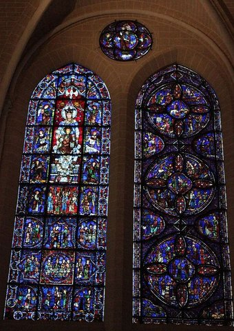 Chartres : stained glass windows