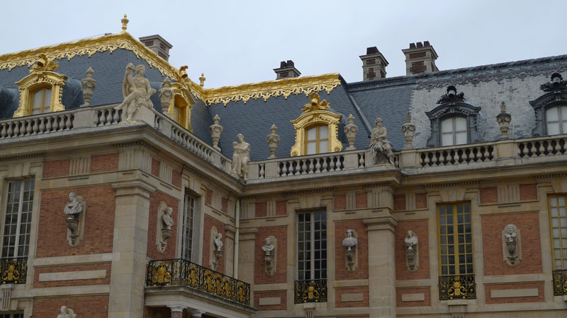Versailles with the Trianon & Marie Antoinette Hamlet complete private guided tour