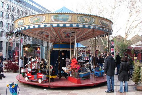 Paris : carrousel