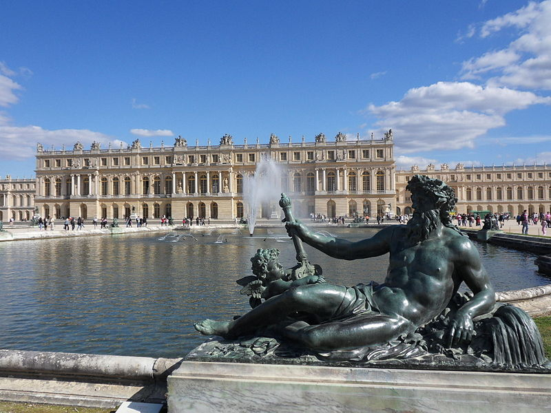 Versailles : guide full day disposal