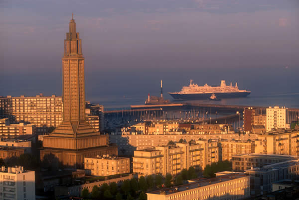Shore excursions minivan tours le havre shore excursions - Piscine des docks le havre ...