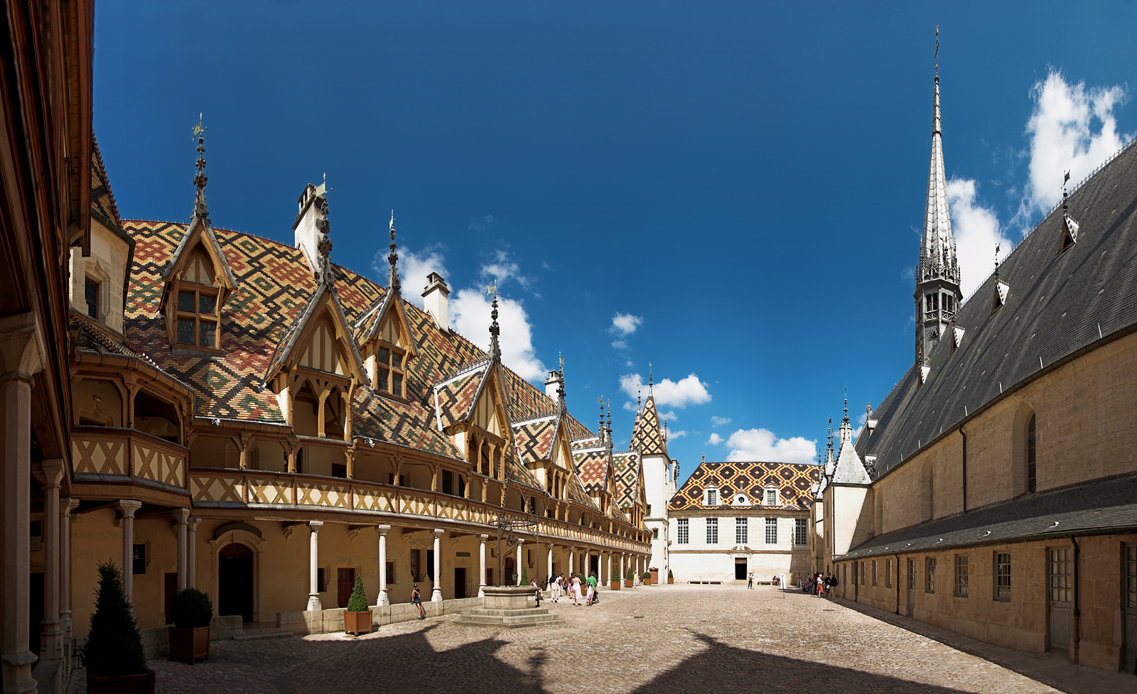 Burgundy private wine tour during 3 days