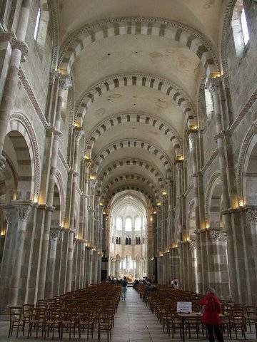 Burgundy : Vezelay basilic