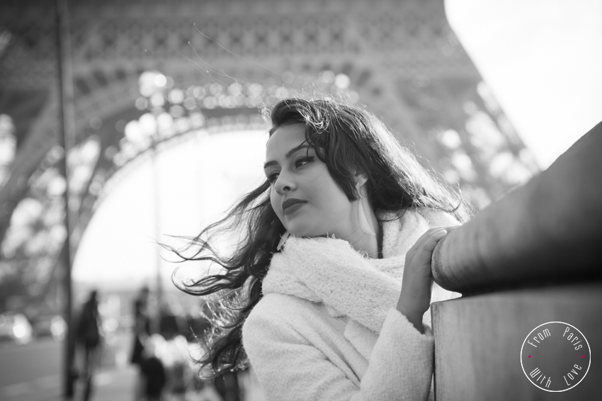 Private photographer and minibus tour of Paris