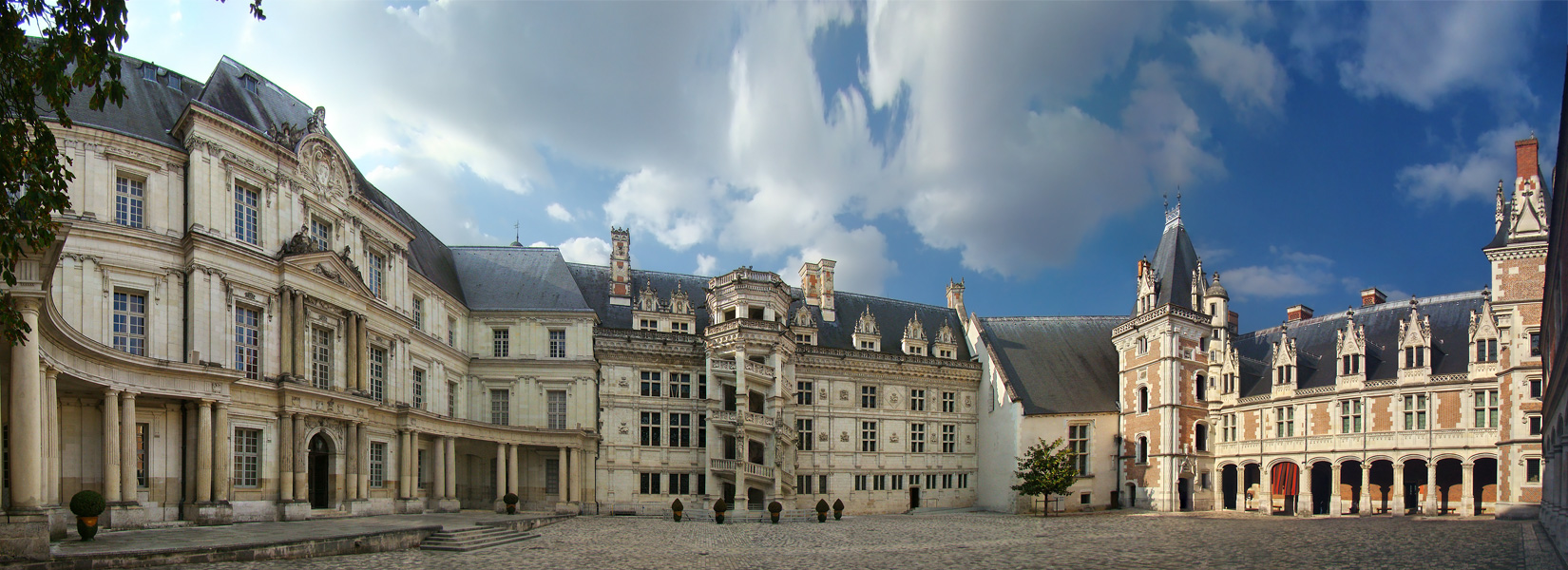 Loire valley private excursion during 3 days